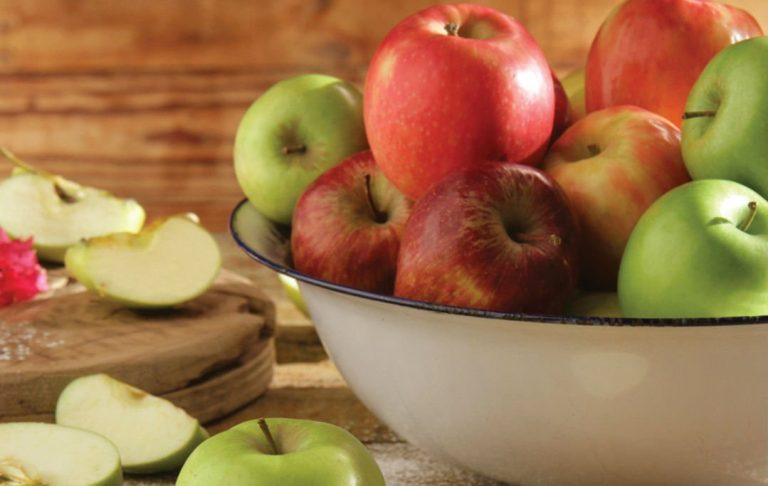 What To Eat Now: Awesome Apples