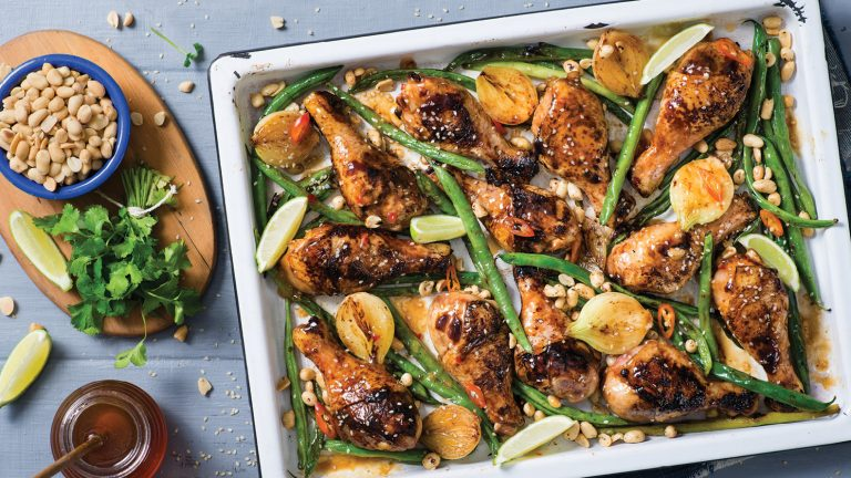 STICKY BARBECUE CHICKEN DRUMSTICKS WITH GREEN BEANS AND TOASTED PEANUTS