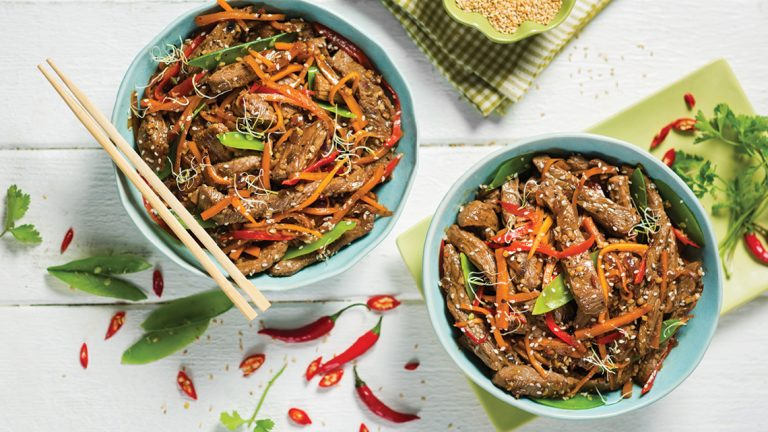 SWEET AND STICKY GINGER AND SOY BEEF STIR FRY