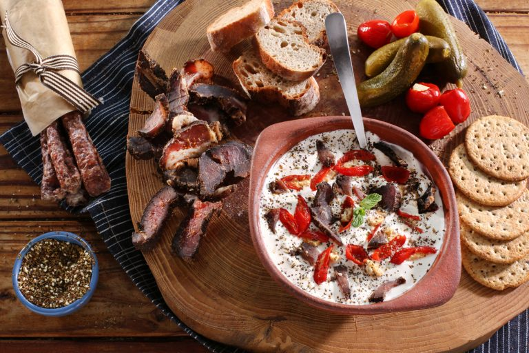 CARAMELISED ONION AND BILTONG SPREAD
