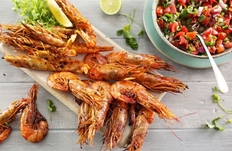 CHARGRILLED KING PRAWNS WITH CHUNKY TOMATO SALSA VERDE