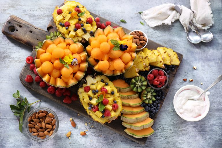 SUMMER PINEAPPLE AND SPANSPEK FRUIT PLATTER