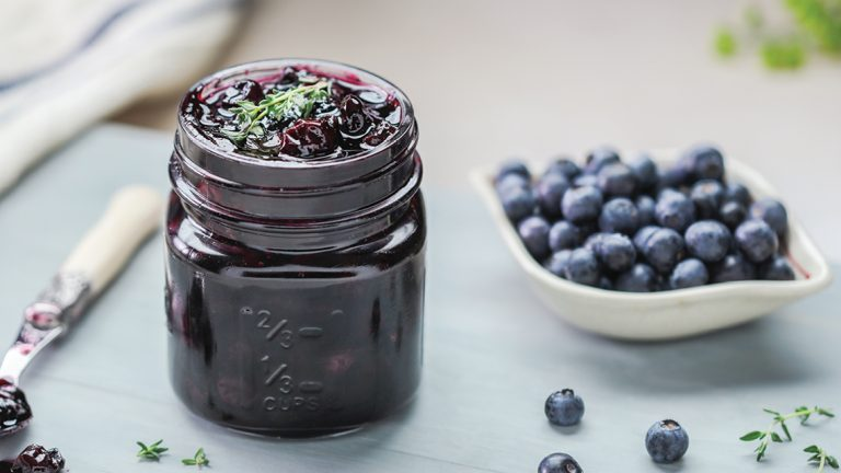 Blueberry Pinotage & Thyme Sauce