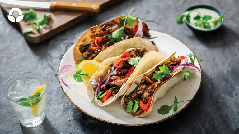 Pulled Braai'd Chicken and Peppadew Tacos with Creamy Blue Cheese Sauce