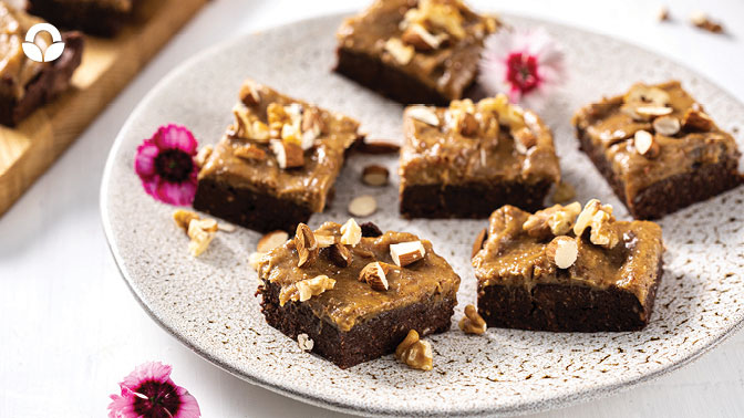 Raw Chocolate Brownie with Caramel Icing